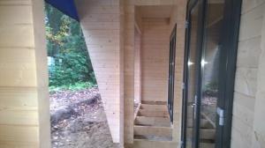 Atelier007-gerard-ter-hofte-Bunkie-recreatie-woning-hout-natuur-open-veranda-overdekt-terras-uitvoering-007